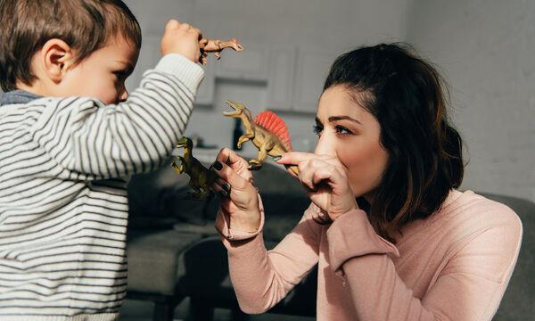 Μαμά-γιος, μητέρα και γιος, ρόλος αγοριού, μαμά και γιος, μαμά και κόρη, μαμά και παιδί, αγόρι, ψυχολογία,