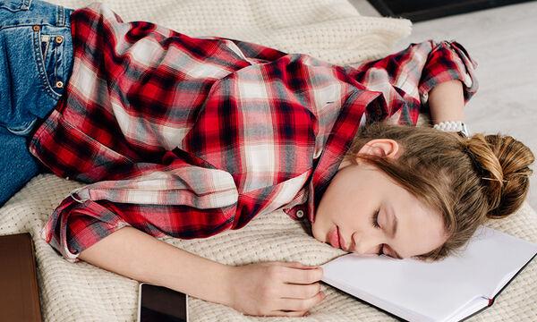 ύπνος, στέρηση ύπνου, έφηβος και ύπνος, πόσο κοιμάται ο έφηβος, εφηβεία, ύπνος,