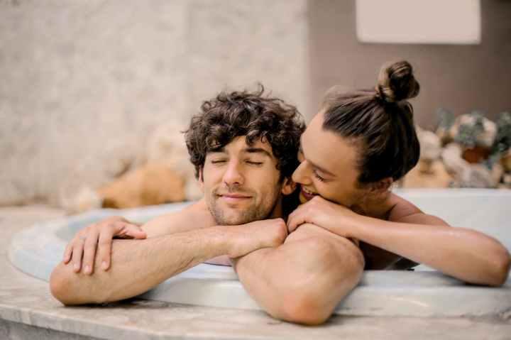 Επικοινωνία, σεξουαλικό πρόβλημα, ζευγάρι, ερωτική επιθυμία, στυτικό πρόβλημα, ρουτίνα, γάμος, πολλά χρόνια παντρεμένοι,